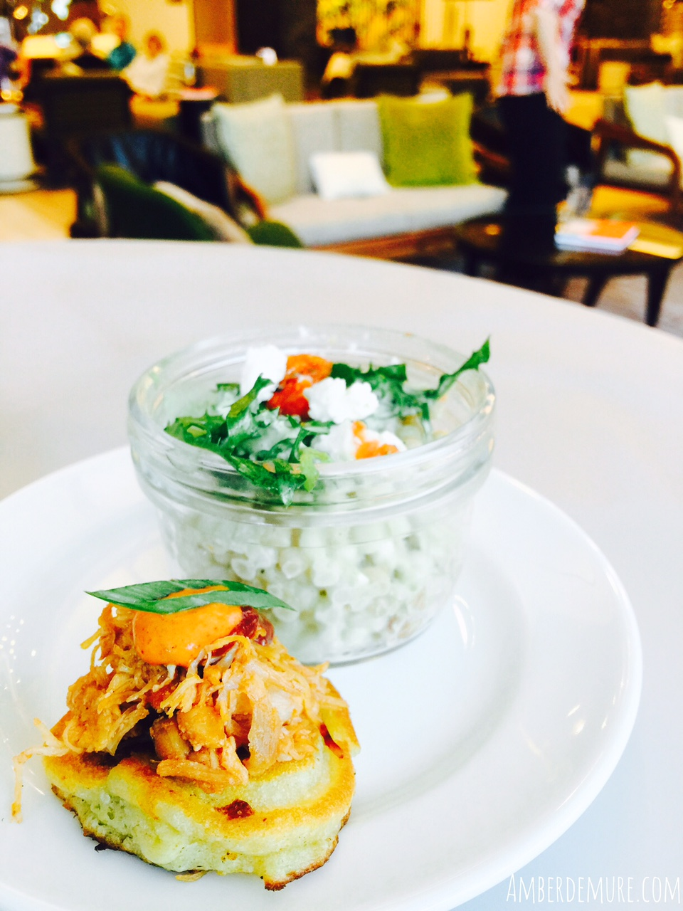 Dining Downtown: Stella San Jac   amber demure